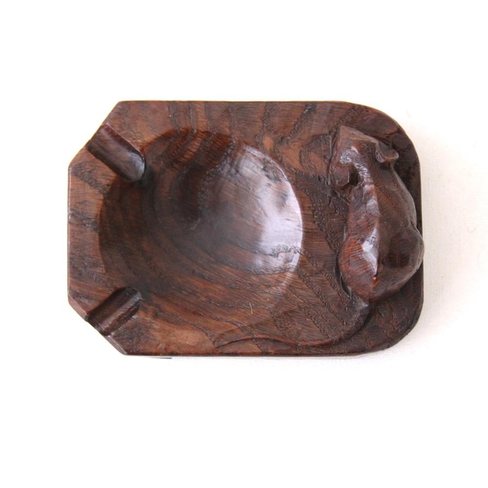 Robert Thompson Mouseman Early Oak Ashtray : a1 robert mouseman thompson ashtray from davidsiddallantiques.com size 1000 x 1000 jpeg 122kB