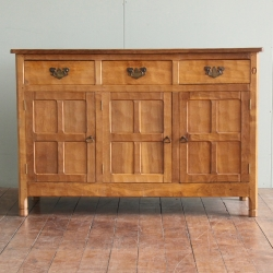 Alan 'Acornman' Grainger 4' Oak Sideboard