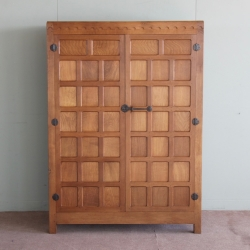 Robert 'Mouseman' Thompson 4'W Oak Wardrobe