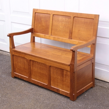 Wilf 'Squirrelman' Hutchinson Oak Settle / Monks Bench