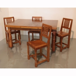 Wilf Hutchinson 'Squirrelman' Oak Extending Dining Table and 4 Chairs