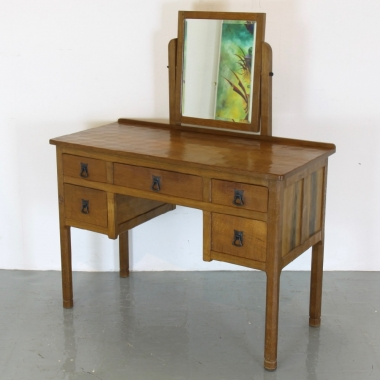 'Acornman' Alan Grainger Oak Dressing Table and Mirror