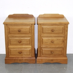 Phil Langstaff 'Carthouse Furniture' Pair of Oak Bedside Cabinets