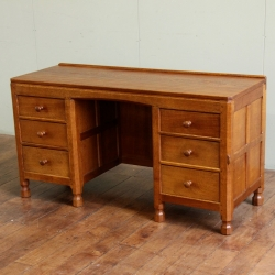 "Robert 'Mouseman' Thompson 4'6"" Oak Dressing Table / Desk"
