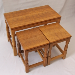 Sid Pollard, Yorkshire Oak Nest of 3 Occasional Tables