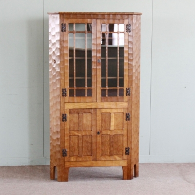 Alan 'Acornman' Grainger Large Oak Corner Display Cabinet