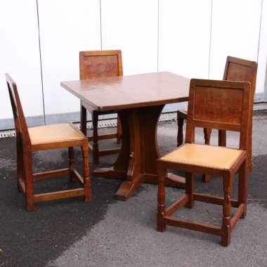 'Mouseman' Robert Thompson, Early Oak Table and 4 Chairs