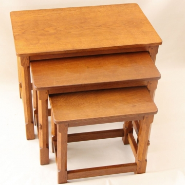 Robert 'Mouseman' Thompson, Oak Nest of 3 Tables