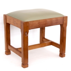 Alan 'Acornman' Grainger Oak Stool