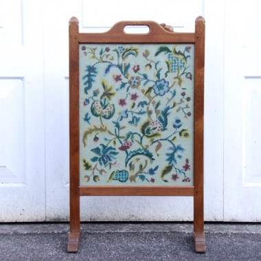 Robert 'Mouseman' Thompson Oak Fire Screen