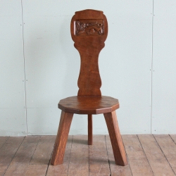 Thomas 'Gnomeman' Whittaker Oak Spinning Chair