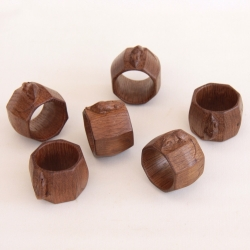 Robert 'Mouseman' Thompson Set of 6 Matched Early Oak Napkin Rings