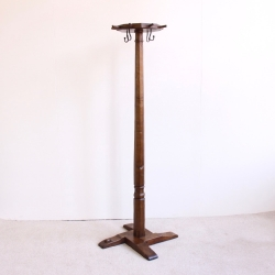 Robert 'Mouseman' Thompson Bespoke Early Oak Coat Stand, ex Horlicks Collection