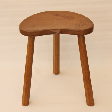 Robert 'Mouseman' Thompson, Oak Cow Stool