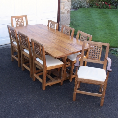 Derek 'Lizardman' Slater 6' Oak Table and 8 Chairs