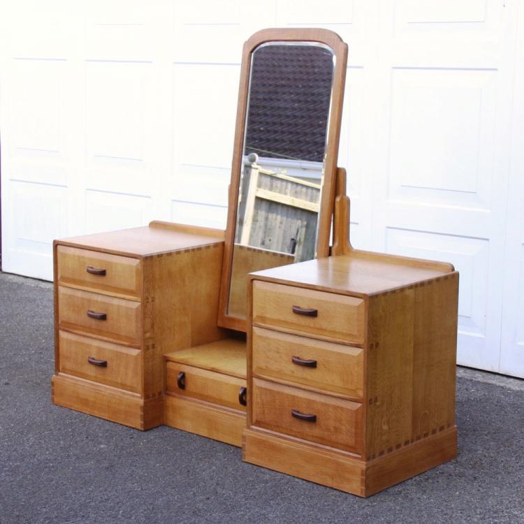 Webb Furniture Dresser With Mirror: Stanley Webb Davies Oak Dressing Table And Mirror