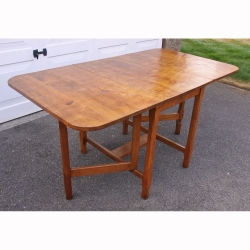 'Kingpost' Adzed Yorkshire Oak 5' Dropleaf Gateleg Table