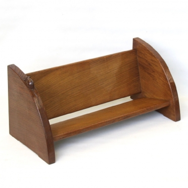 Robert 'Mouseman' Thompson Oak Book Trough