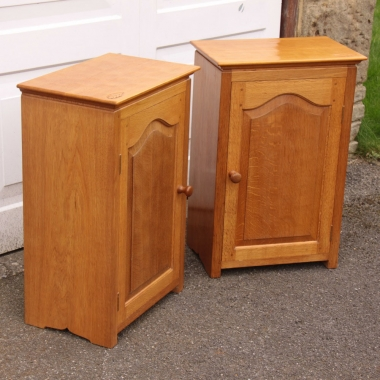 David Langstaff 'Oakleafman' Pair of Oak Bedside / Side Cabinets