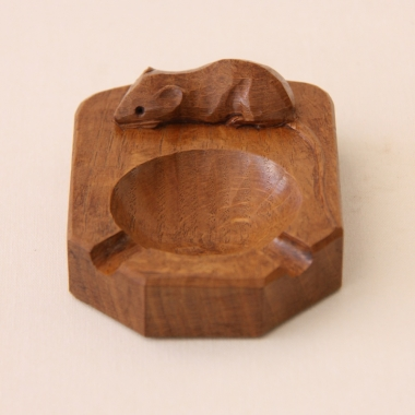 Robert 'Mouseman' Thompson, Oak Ashtray