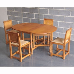 Malcolm Pipes 'Foxman' Oak Gateleg Dining Set